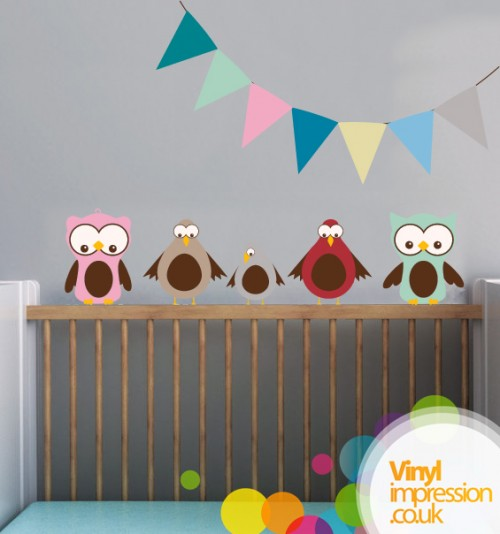 23_Sitting Birds with Bunting