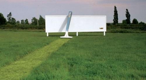 11_Bic Razor - Billboard